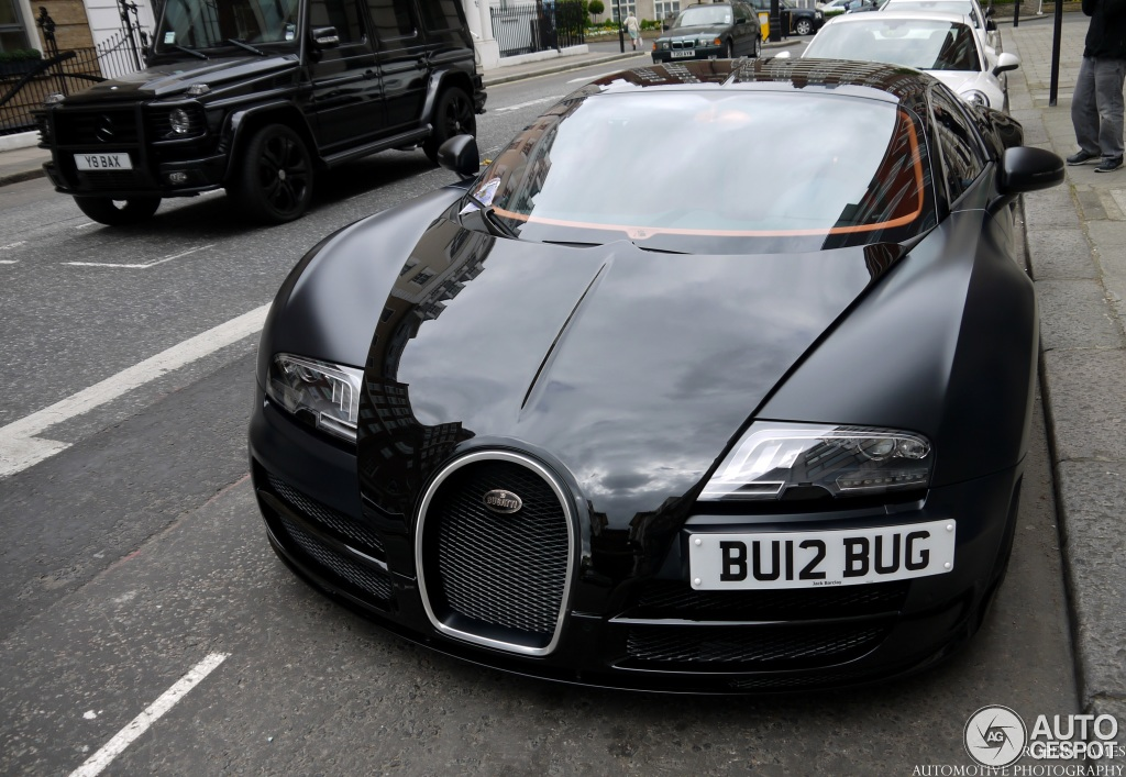 bugatti veyron 16 4 super sport sang noir 1 august 2013 autogespot. Black Bedroom Furniture Sets. Home Design Ideas