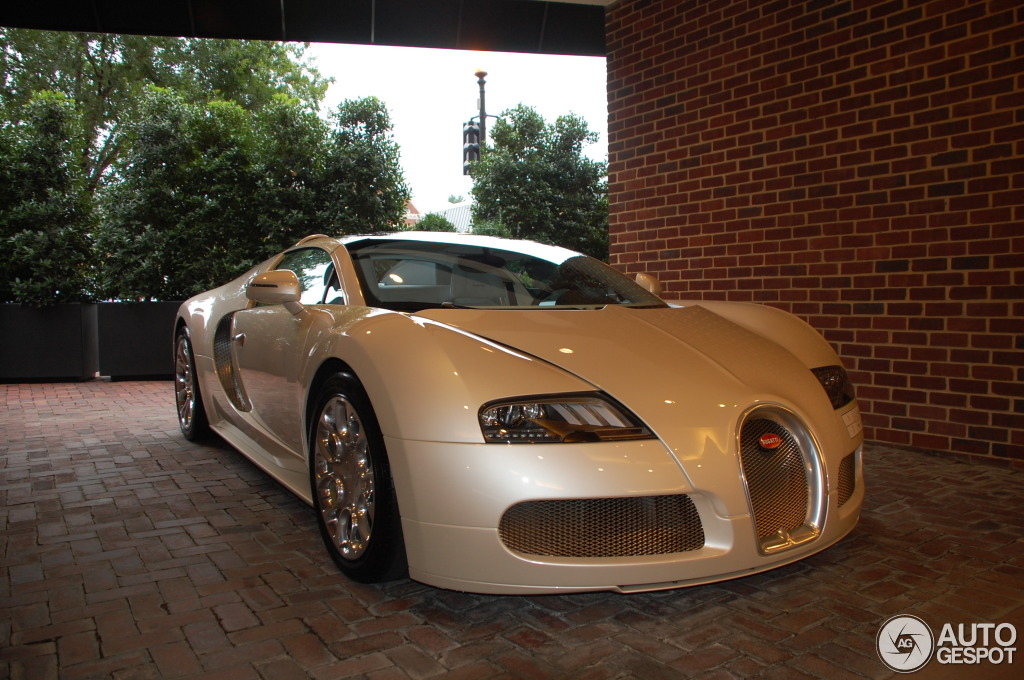 bugatti veyron 16 4 grand sport 6 august 2013 autogespot. Black Bedroom Furniture Sets. Home Design Ideas