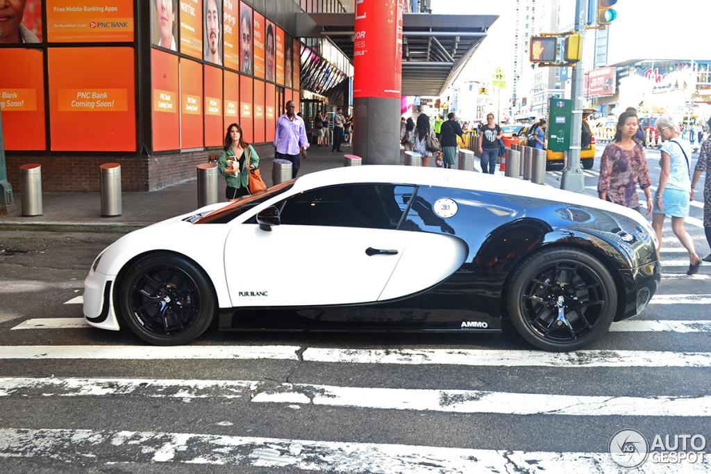 bugatti veyron 16 4 super sport pur blanc 6 august 2013 autogespot. Black Bedroom Furniture Sets. Home Design Ideas