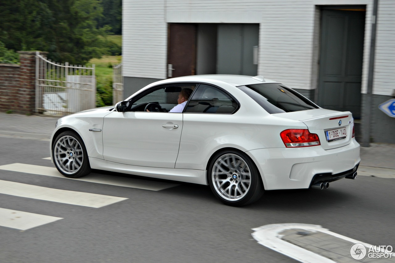 bmw 1 series m coup 11 august 2013 autogespot. Black Bedroom Furniture Sets. Home Design Ideas