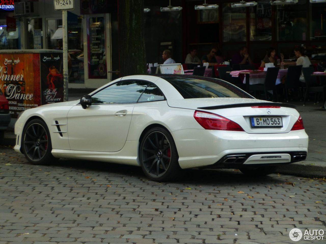 mercedes benz sl 63 amg r231 11 august 2013 autogespot. Black Bedroom Furniture Sets. Home Design Ideas
