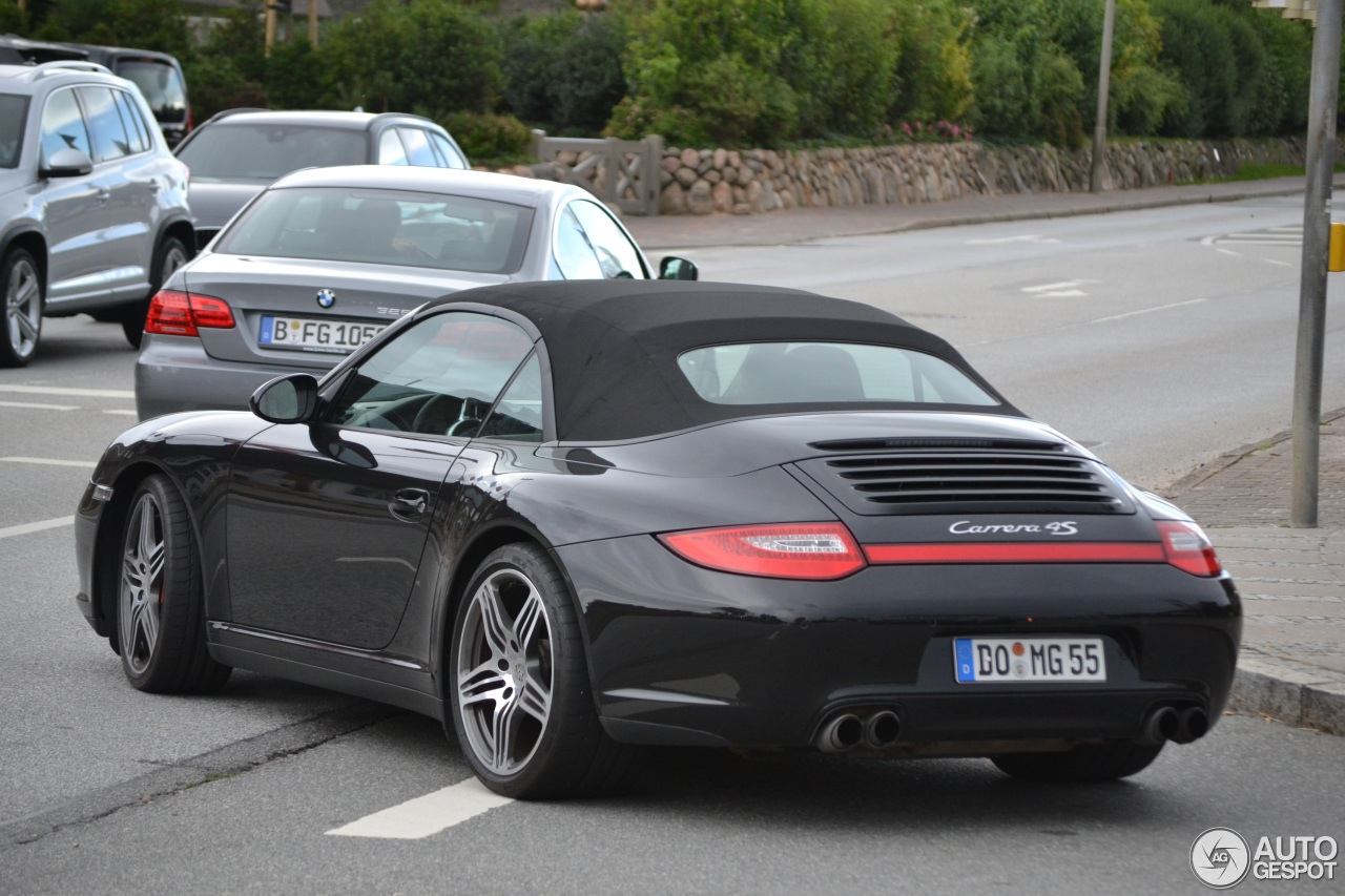porsche 997 carrera 4s cabriolet mkii 11 august 2013 autogespot. Black Bedroom Furniture Sets. Home Design Ideas