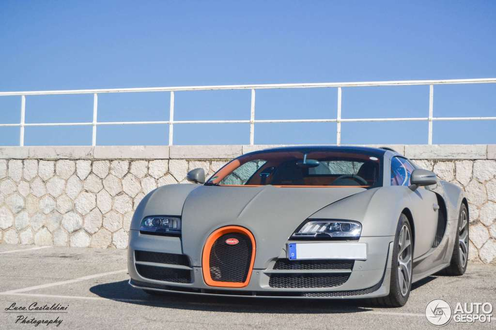 bugatti veyron 16 4 grand sport vitesse 13 august 2013 autogespot. Black Bedroom Furniture Sets. Home Design Ideas