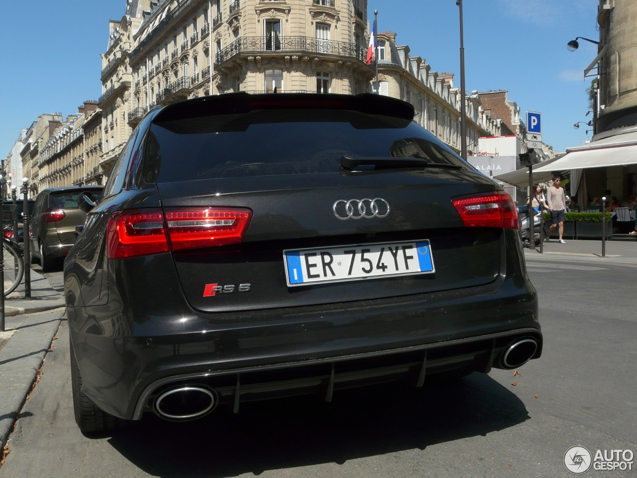 audi rs6 avant c7 16 ao t 2013 autogespot. Black Bedroom Furniture Sets. Home Design Ideas