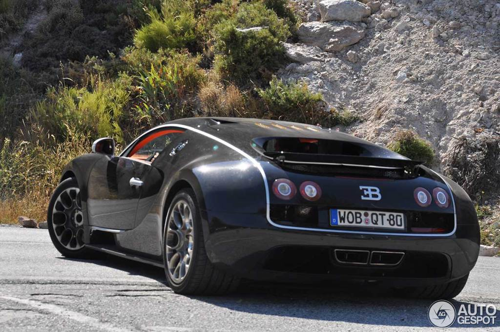 bugatti veyron 16 4 super sport 20 ao t 2013 autogespot. Black Bedroom Furniture Sets. Home Design Ideas
