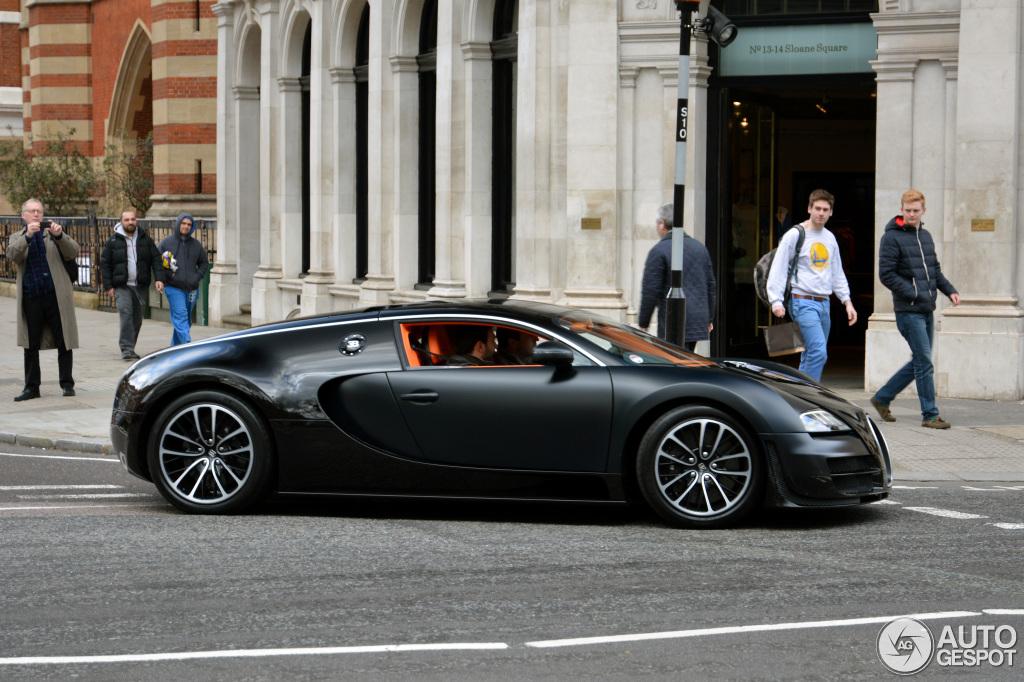 bugatti veyron 16 4 super sport sang noir 24 august 2013. Black Bedroom Furniture Sets. Home Design Ideas
