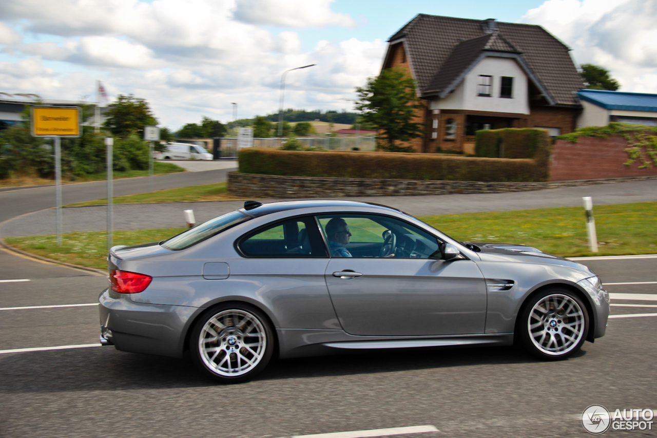 bmw m3 e92 coup 25 august 2013 autogespot. Black Bedroom Furniture Sets. Home Design Ideas
