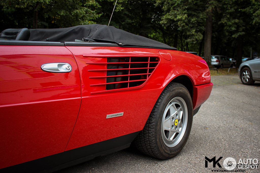 ferrari mondial 3 2 cabriolet 26 august 2013 autogespot. Black Bedroom Furniture Sets. Home Design Ideas