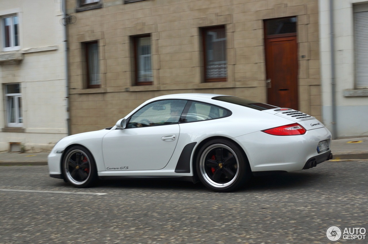 porsche 997 carrera gts 26 ao t 2013 autogespot. Black Bedroom Furniture Sets. Home Design Ideas