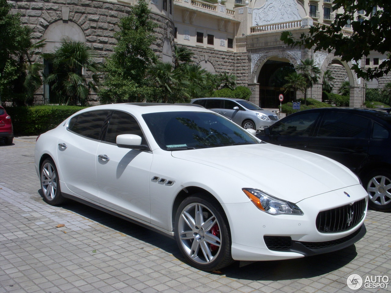 maserati quattroporte s q4 2013 29 august 2013 autogespot. Black Bedroom Furniture Sets. Home Design Ideas