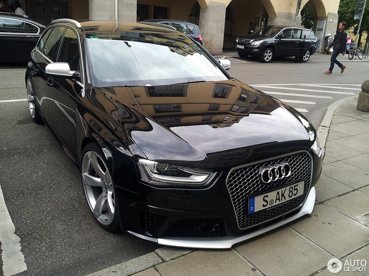 audi rs4 avant b8 1 september 2013 autogespot. Black Bedroom Furniture Sets. Home Design Ideas