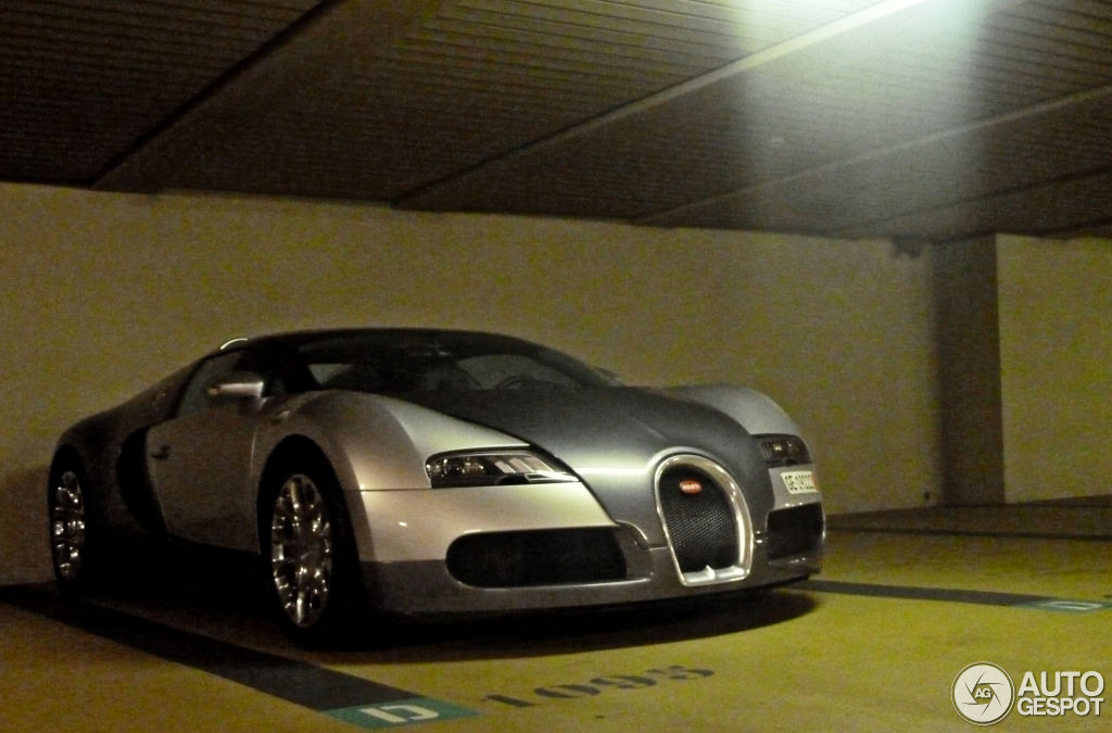 bugatti veyron 16 4 grand sport 5 september 2013 autogespot. Black Bedroom Furniture Sets. Home Design Ideas