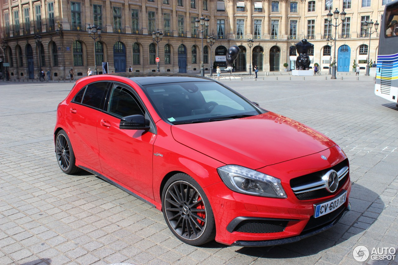 mercedes benz a 45 amg 8 septembre 2013 autogespot. Black Bedroom Furniture Sets. Home Design Ideas
