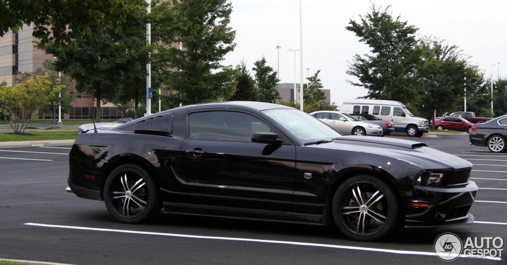 Ford Mustang Gt Dub Edition 9 September 2013 Autogespot