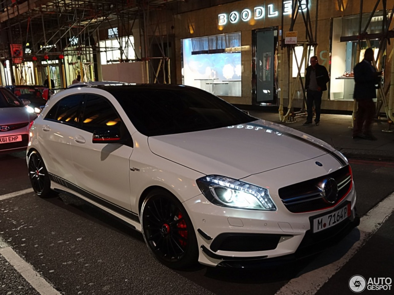 Mercedes benz a 45 amg edition 1 9 september 2013 for Mercedes benz a 45