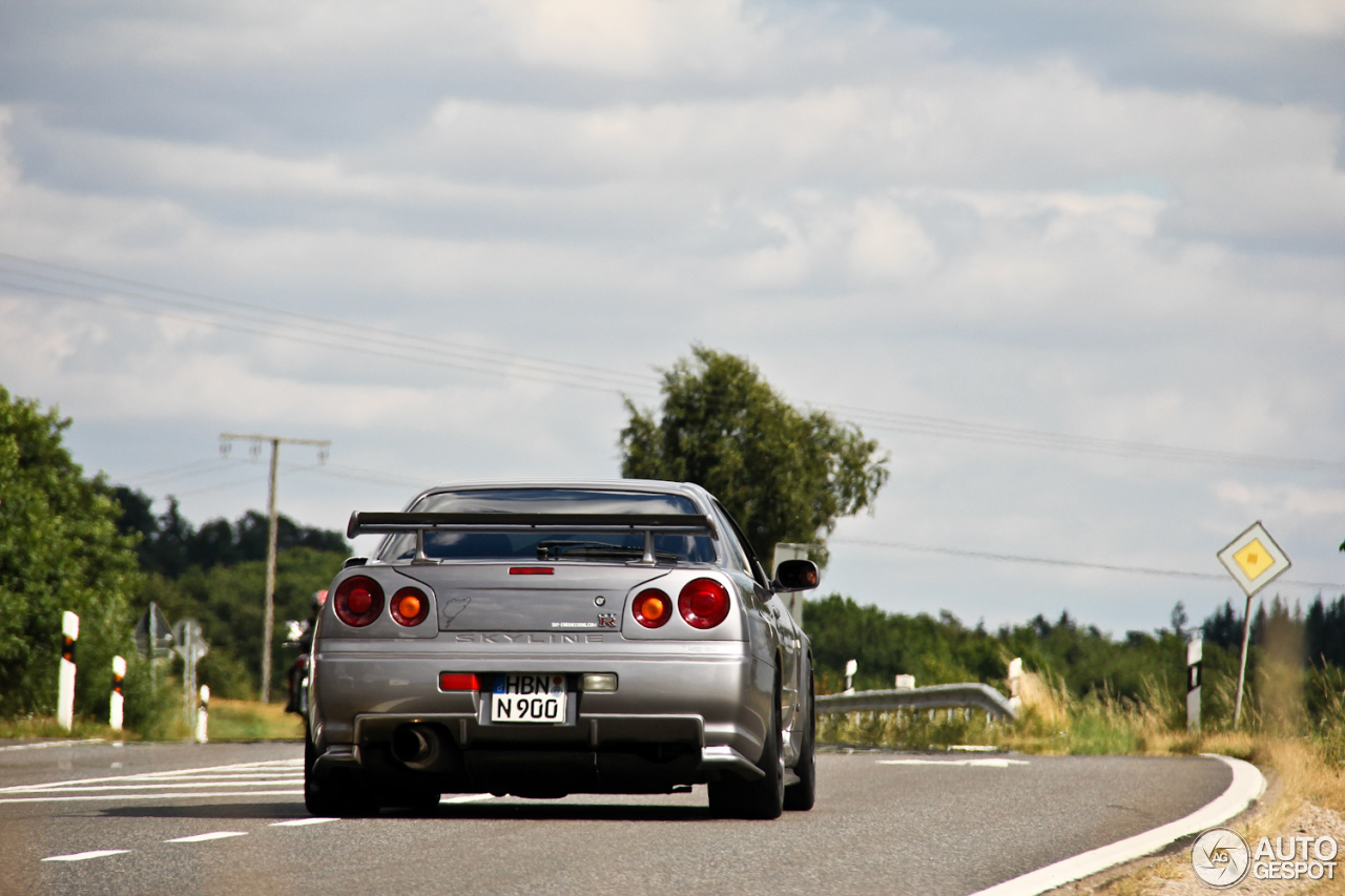 nissan skyline r34 gt r v spec 17 september 2013. Black Bedroom Furniture Sets. Home Design Ideas