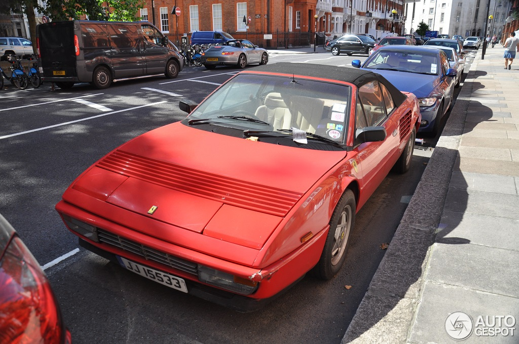 ferrari mondial 3 2 cabriolet 18 september 2013 autogespot. Black Bedroom Furniture Sets. Home Design Ideas