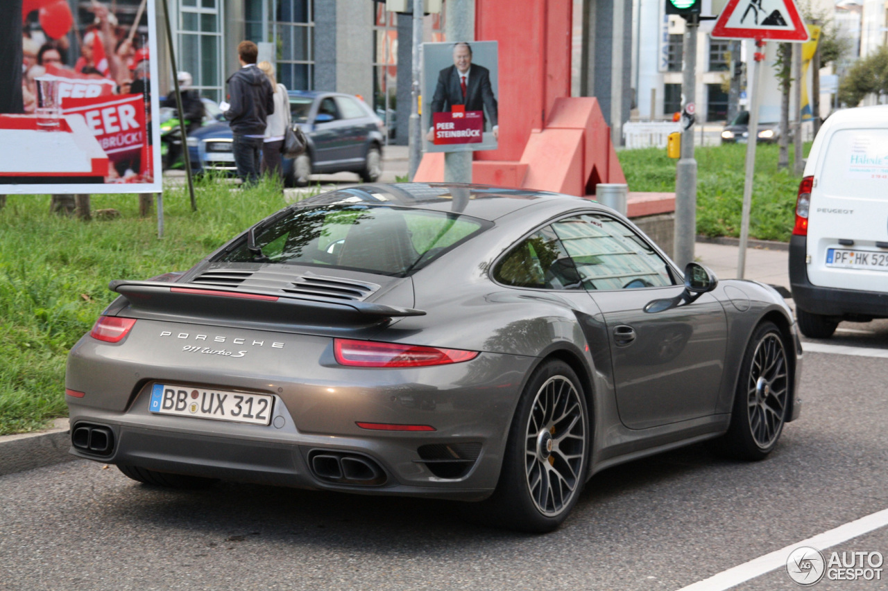 porsche 991 turbo s 21 septembre 2013 autogespot. Black Bedroom Furniture Sets. Home Design Ideas