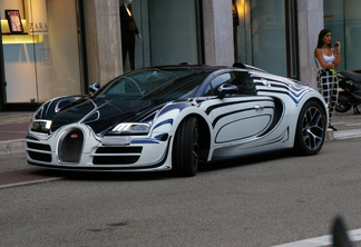 photo of the day bugatti veyron grand sport vitesse. Black Bedroom Furniture Sets. Home Design Ideas