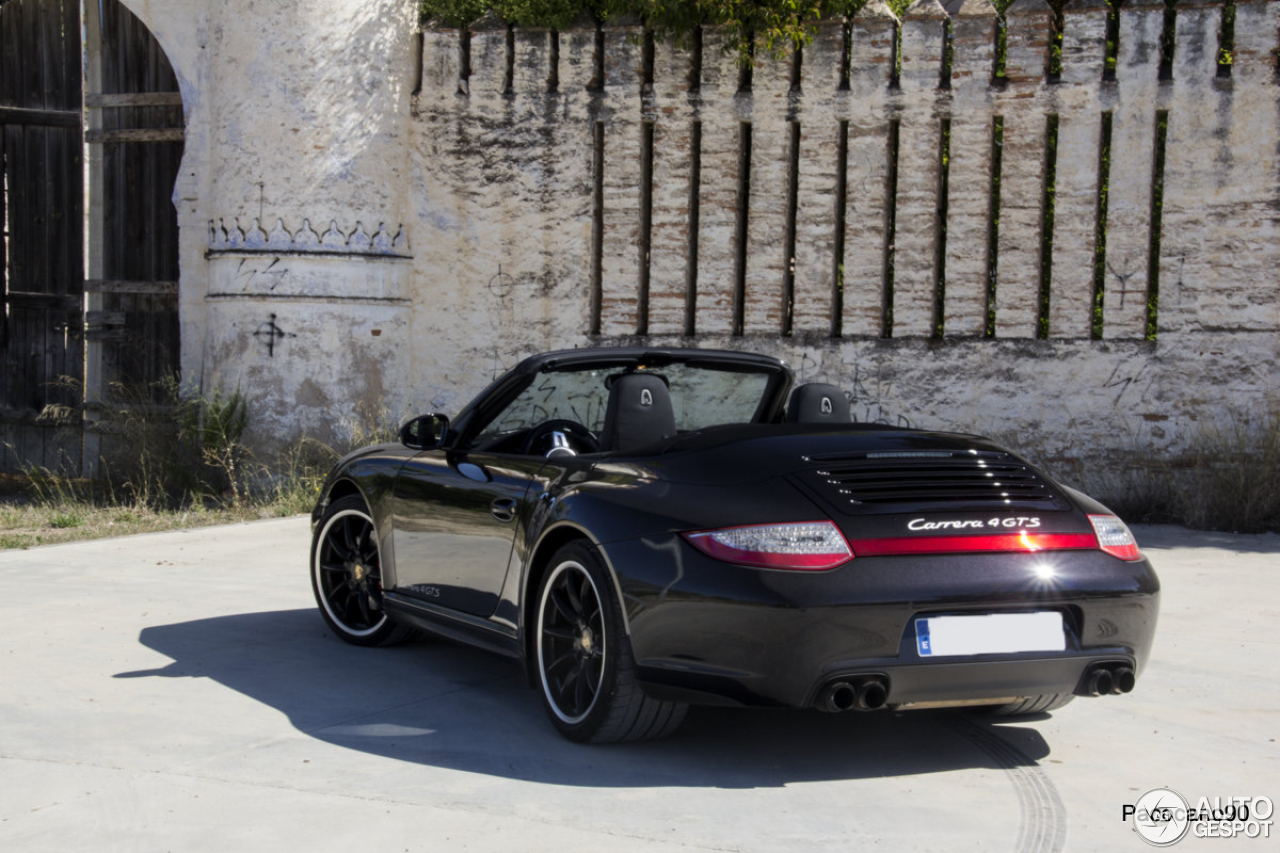 porsche 997 carrera 4 gts cabriolet 1 october 2013 autogespot. Black Bedroom Furniture Sets. Home Design Ideas