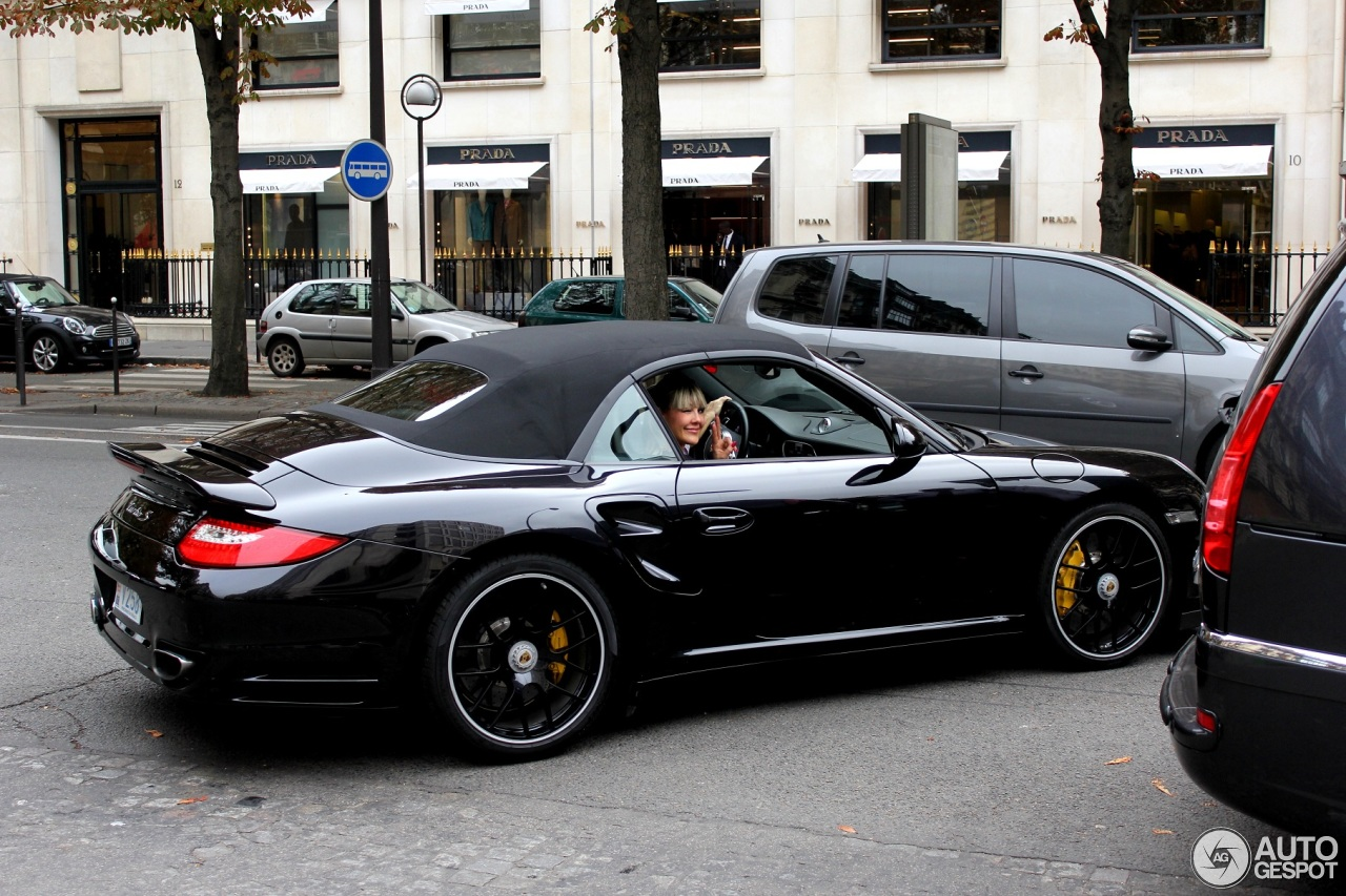porsche 997 turbo s cabriolet 1 october 2013 autogespot. Black Bedroom Furniture Sets. Home Design Ideas