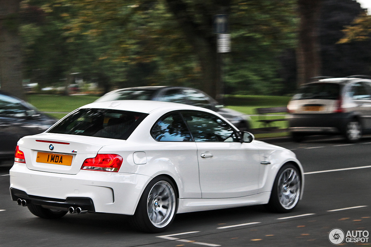 bmw 1 series m coup 3 october 2013 autogespot. Black Bedroom Furniture Sets. Home Design Ideas