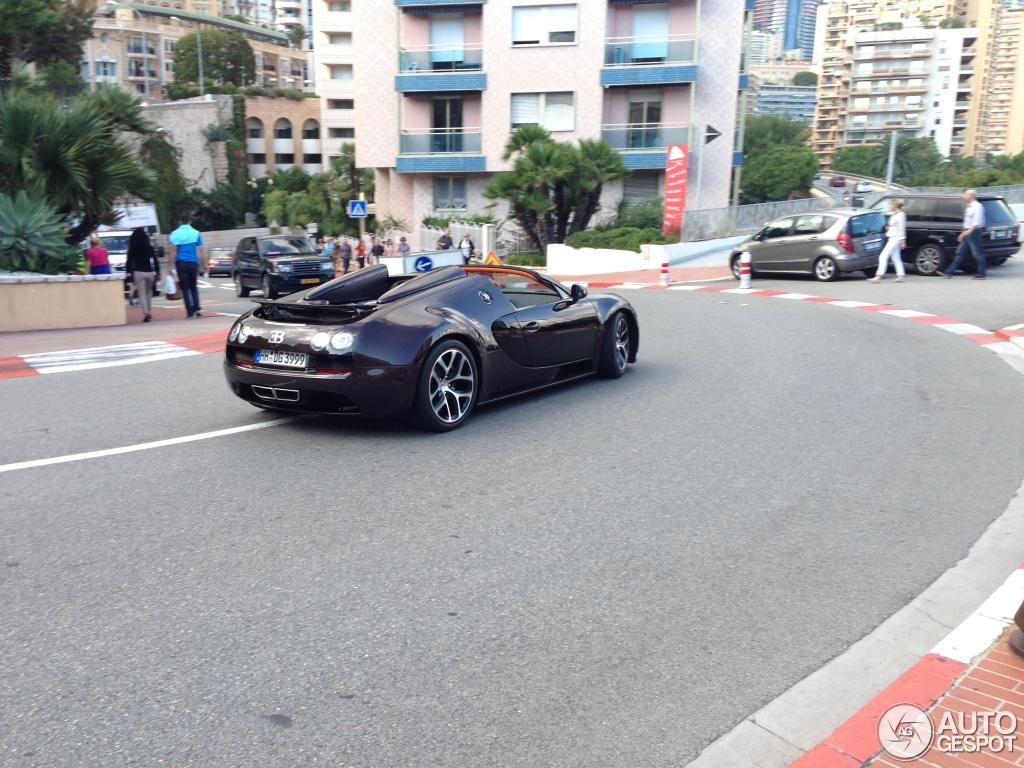 bugatti veyron 16 4 grand sport vitesse 9 october 2013 autogespot. Black Bedroom Furniture Sets. Home Design Ideas