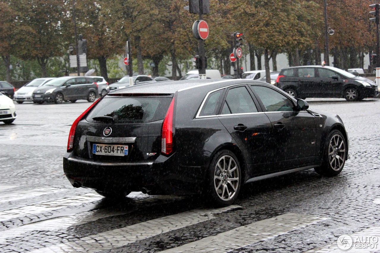 cadillac cts v sport wagon 11 october 2013 autogespot. Black Bedroom Furniture Sets. Home Design Ideas