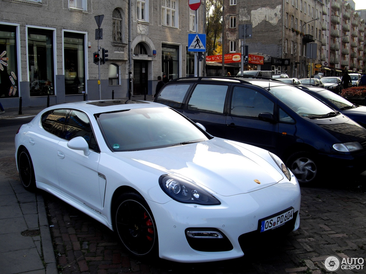 porsche panamera gts 2014 blue images galleries with a bite. Black Bedroom Furniture Sets. Home Design Ideas