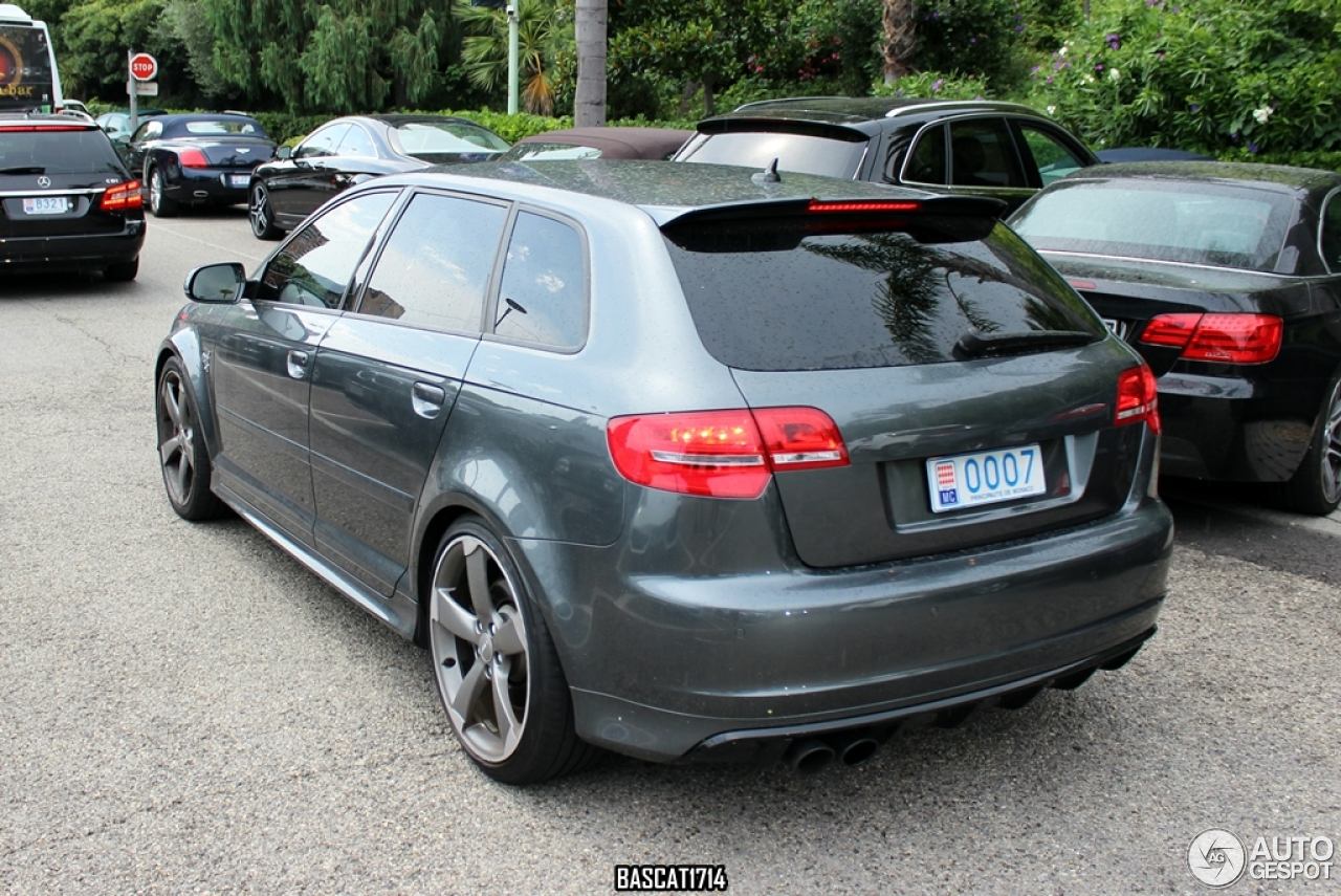 audi rs3 sportback 16 octobre 2013 autogespot. Black Bedroom Furniture Sets. Home Design Ideas