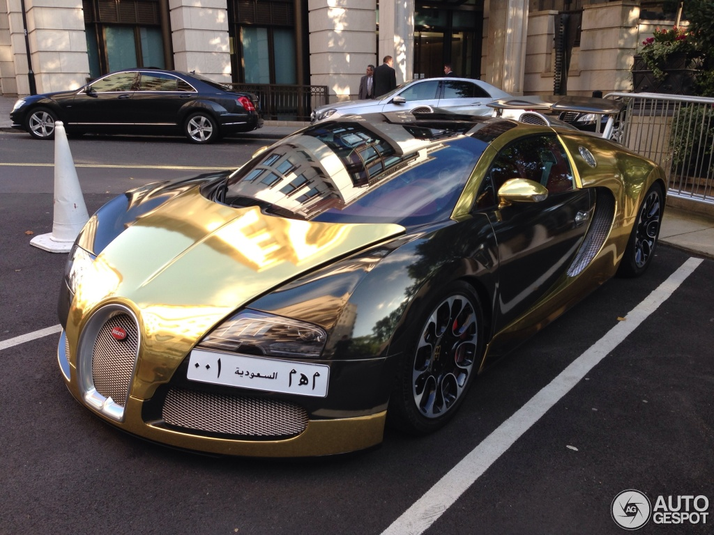 Black And Gold Bugatti 7 i bugatti veyron 16.4 grand