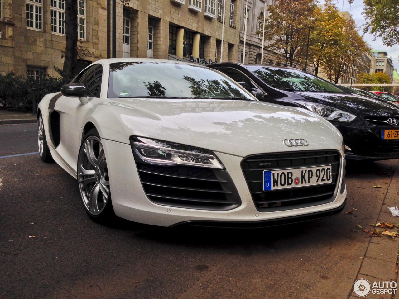 Audi R8 V10 Plus 2013 21 October 2013 Autogespot