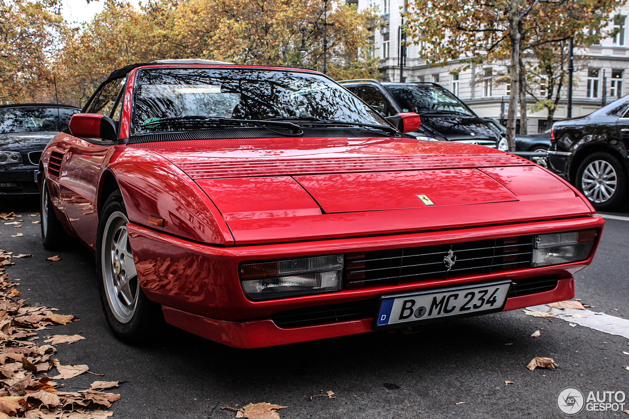 ferrari mondial t cabriolet 26 oktober 2013 autogespot. Black Bedroom Furniture Sets. Home Design Ideas