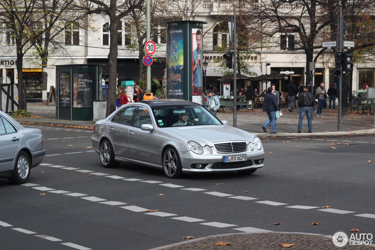 Mercedes-Benz E 55 AMG 1