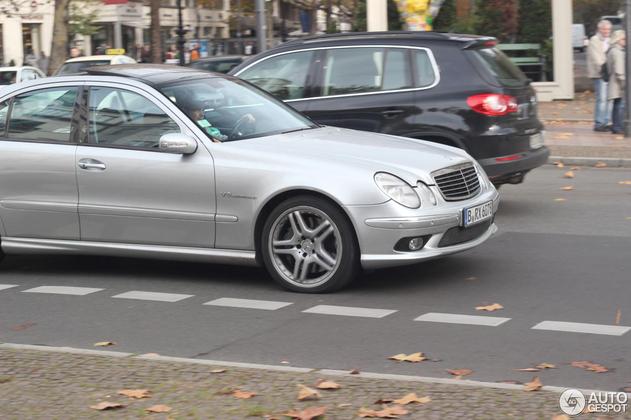 Mercedes-Benz E 55 AMG 4