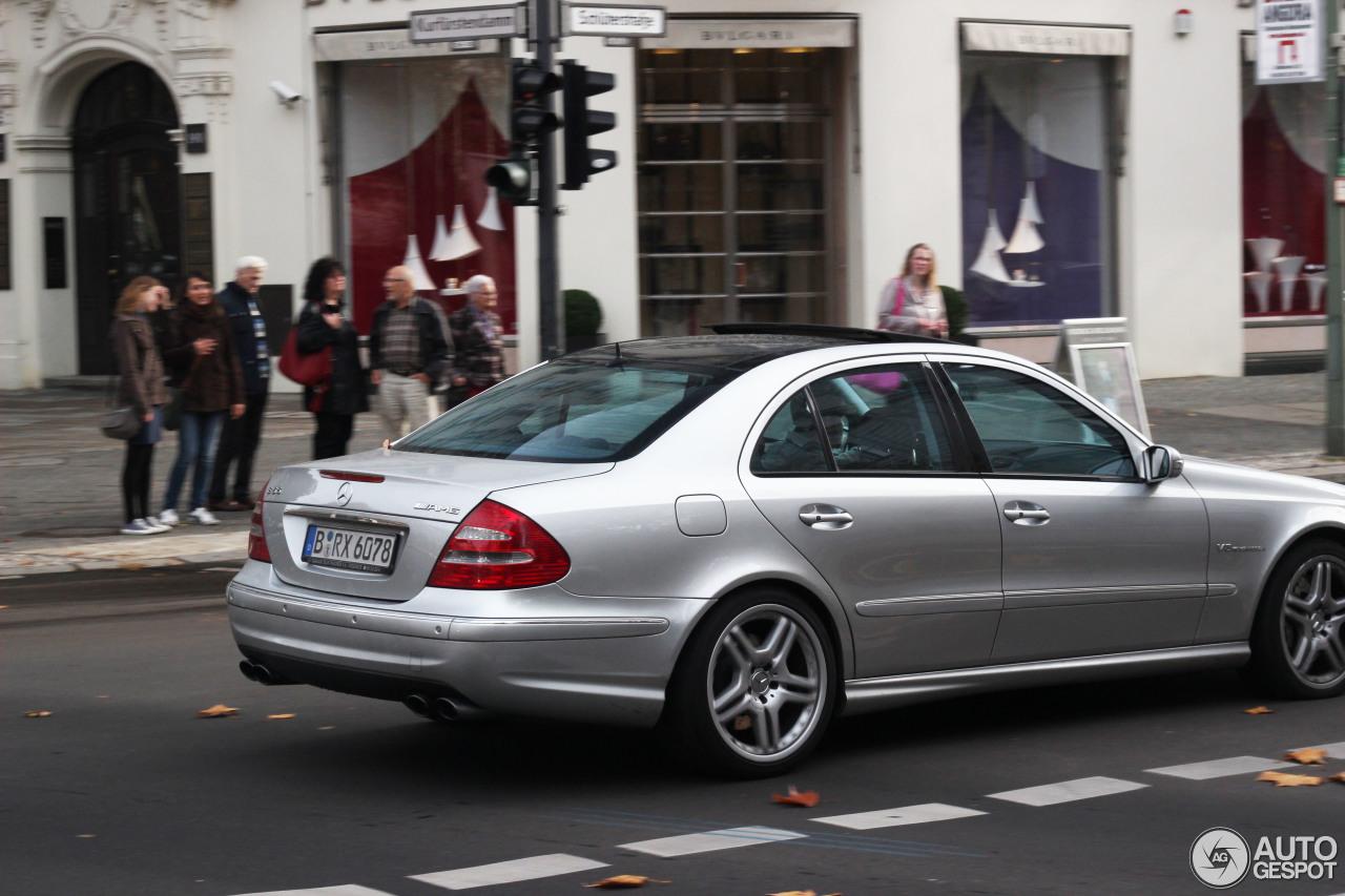 Mercedes-Benz E 55 AMG 5