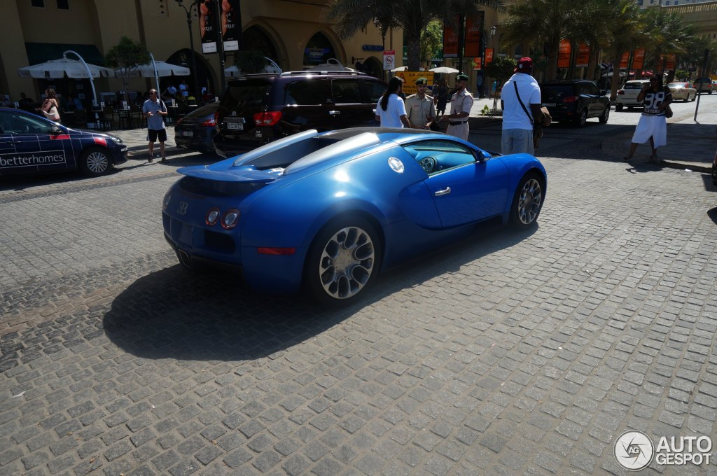 bugatti veyron 16 4 grand sport 27 oktober 2013 autogespot. Black Bedroom Furniture Sets. Home Design Ideas