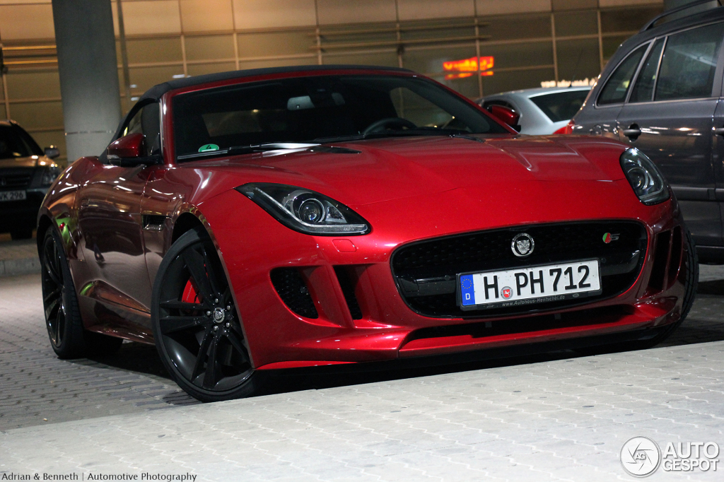 jaguar f type s v8 convertible 27 october 2013 autogespot. Black Bedroom Furniture Sets. Home Design Ideas