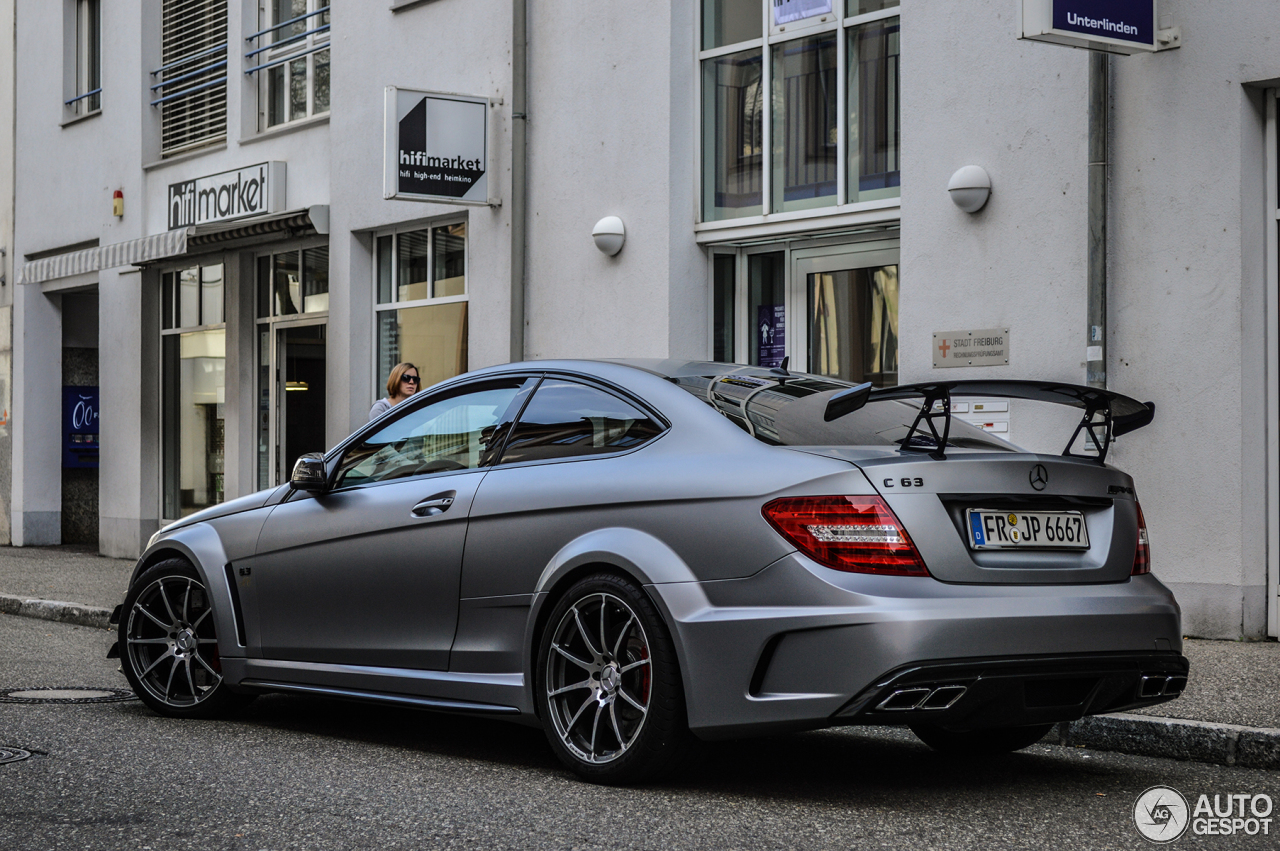 mercedes benz c 63 amg coup black series 27 october. Black Bedroom Furniture Sets. Home Design Ideas