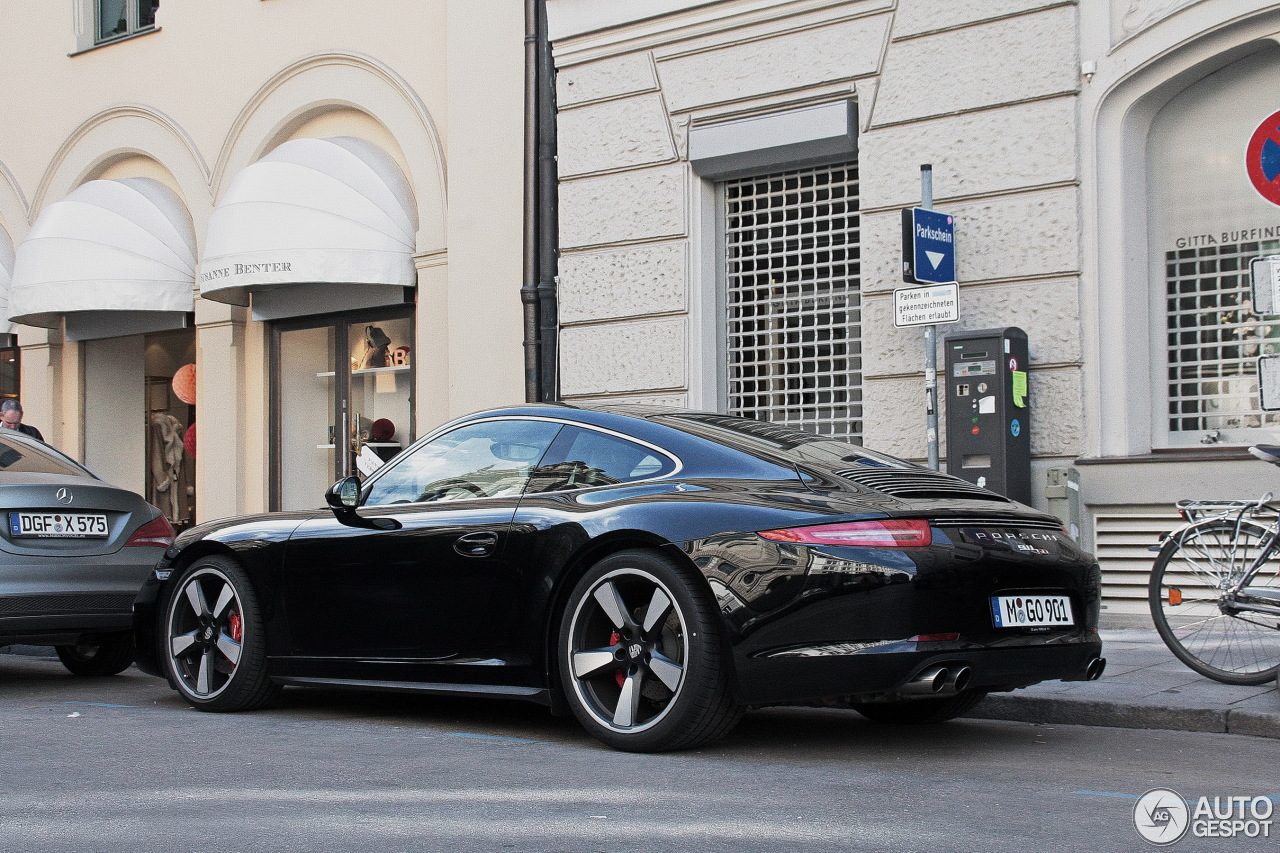 Porsche 991 50th Anniversary Edition 6
