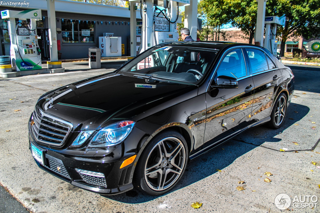 mercedes benz e 63 amg w212 v8 biturbo 5 november 2013 autogespot. Black Bedroom Furniture Sets. Home Design Ideas