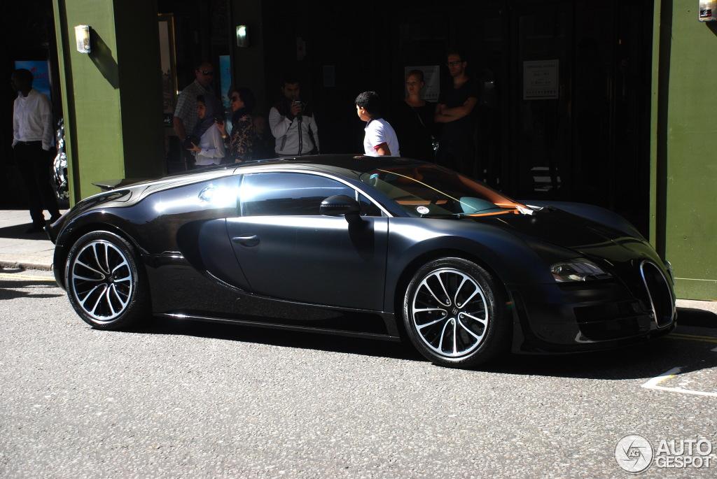 bugatti veyron 16 4 super sport sang noir 8 november. Black Bedroom Furniture Sets. Home Design Ideas