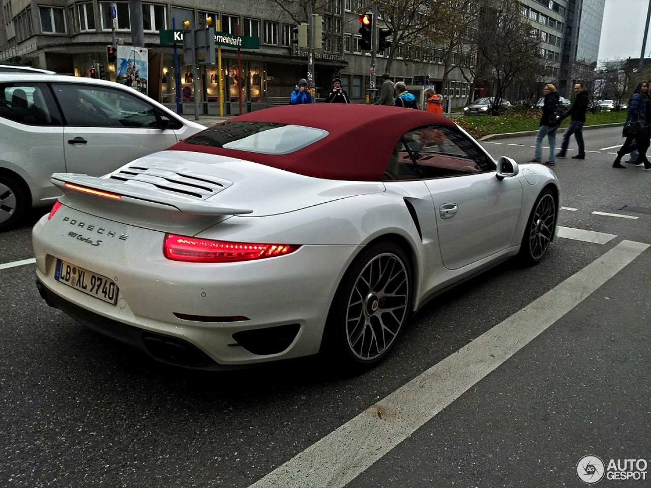 Porsche 991 Turbo S Cabriolet 17 November 2013 Autogespot
