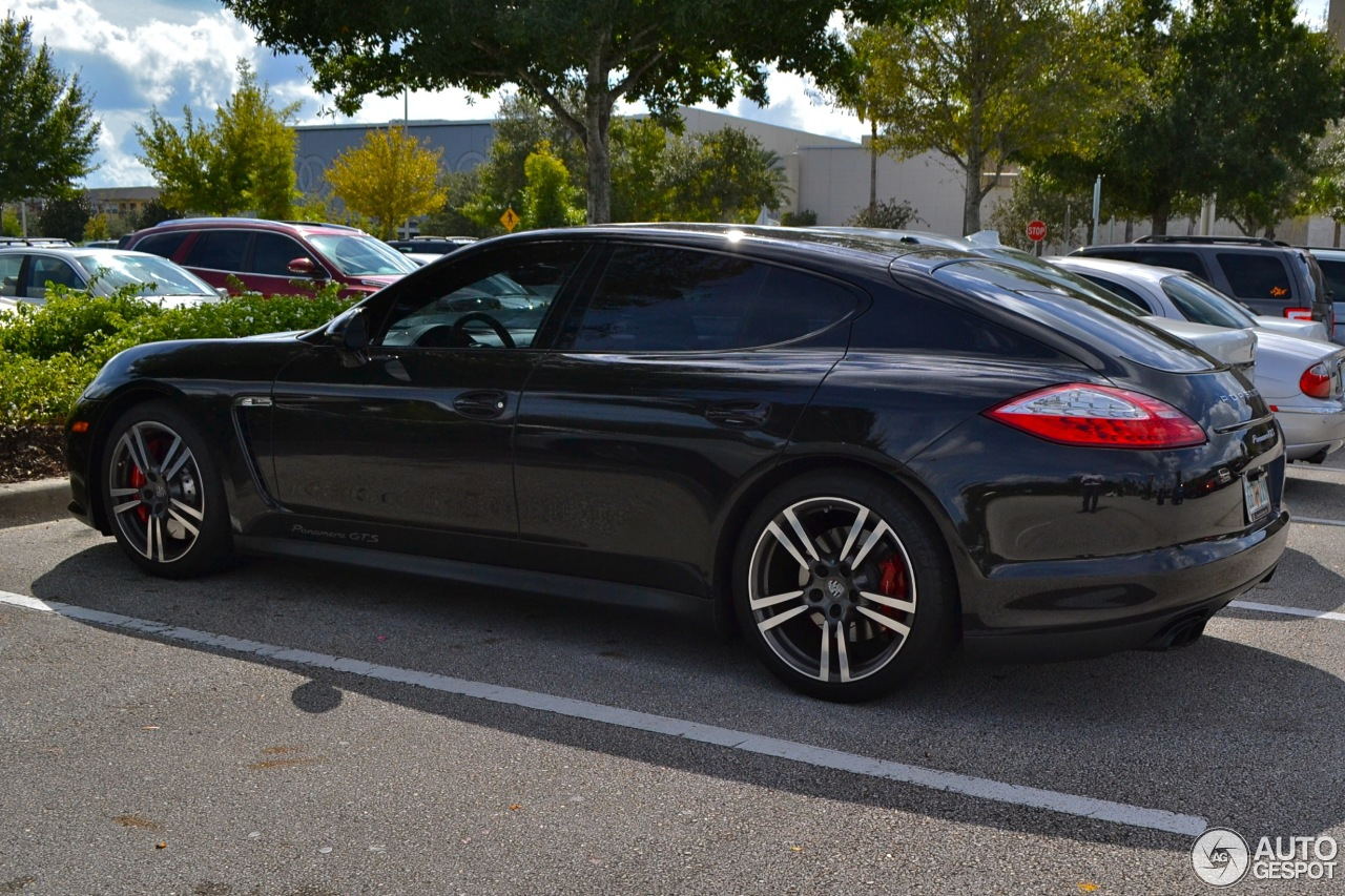 porsche panamera gts 19 november 2013 autogespot. Black Bedroom Furniture Sets. Home Design Ideas
