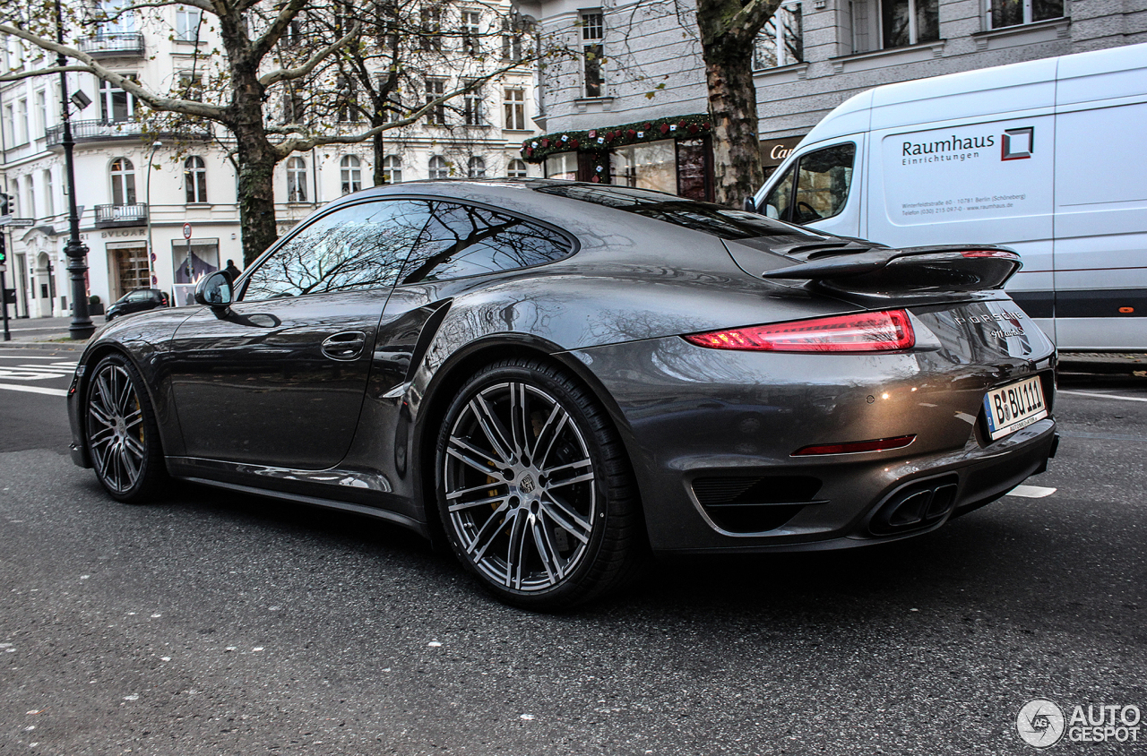 porsche 991 turbo s 21 november 2013 autogespot. Black Bedroom Furniture Sets. Home Design Ideas