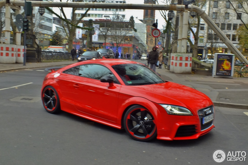 audi tt rs plus 23 novembre 2013 autogespot. Black Bedroom Furniture Sets. Home Design Ideas