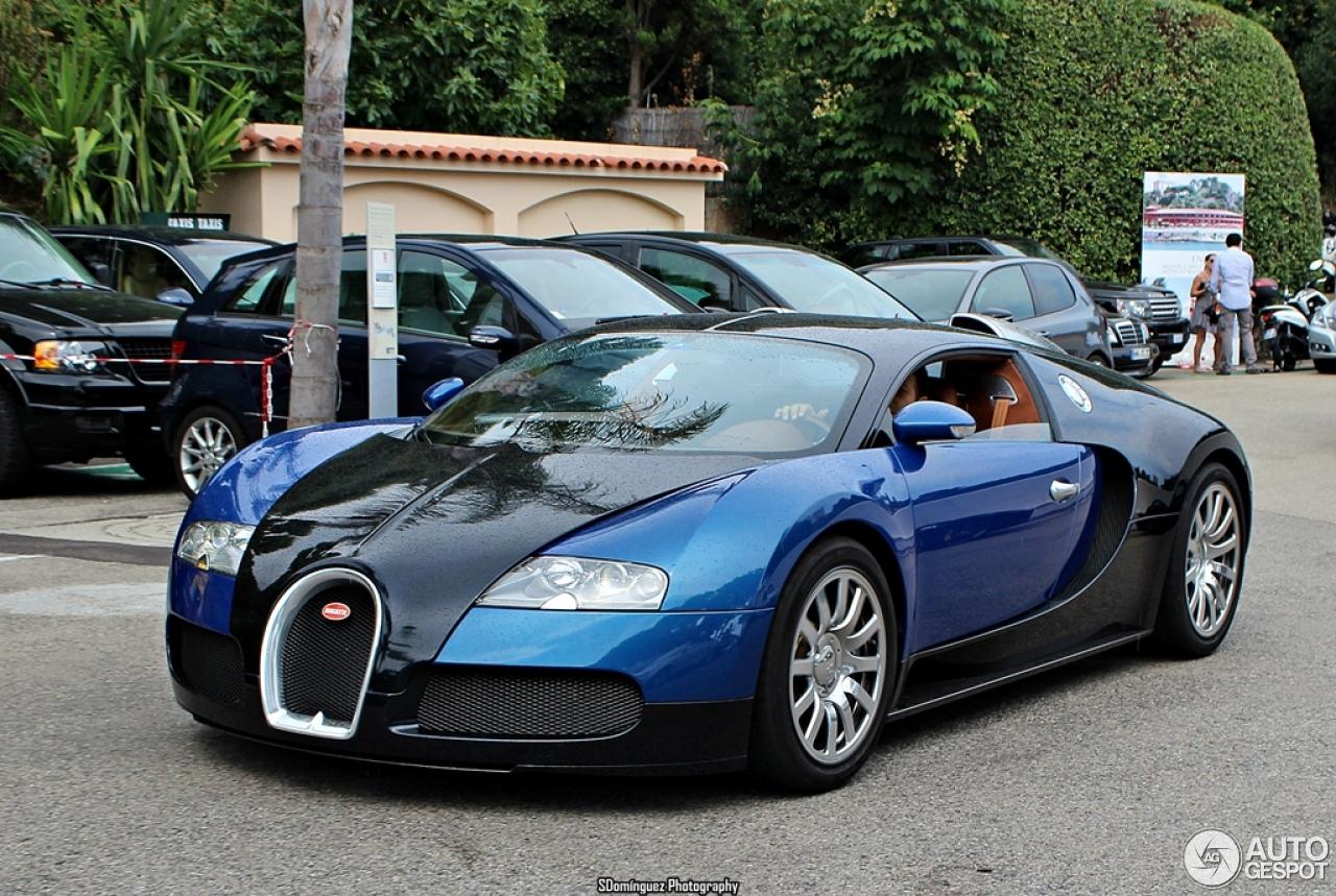 bugatti veyron 16 4 23 november 2013 autogespot. Black Bedroom Furniture Sets. Home Design Ideas