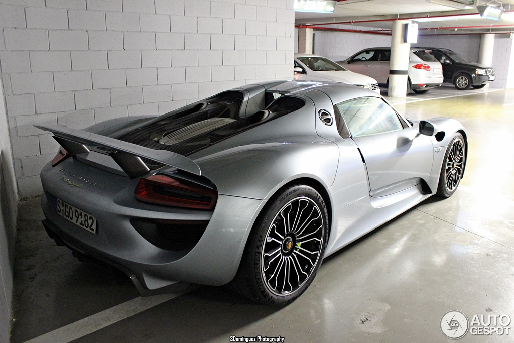 porsche 918 spyder 24 november 2013 autogespot. Black Bedroom Furniture Sets. Home Design Ideas