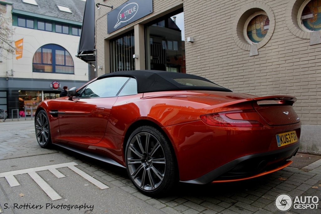 Photo Collection Vanquish Volante Red