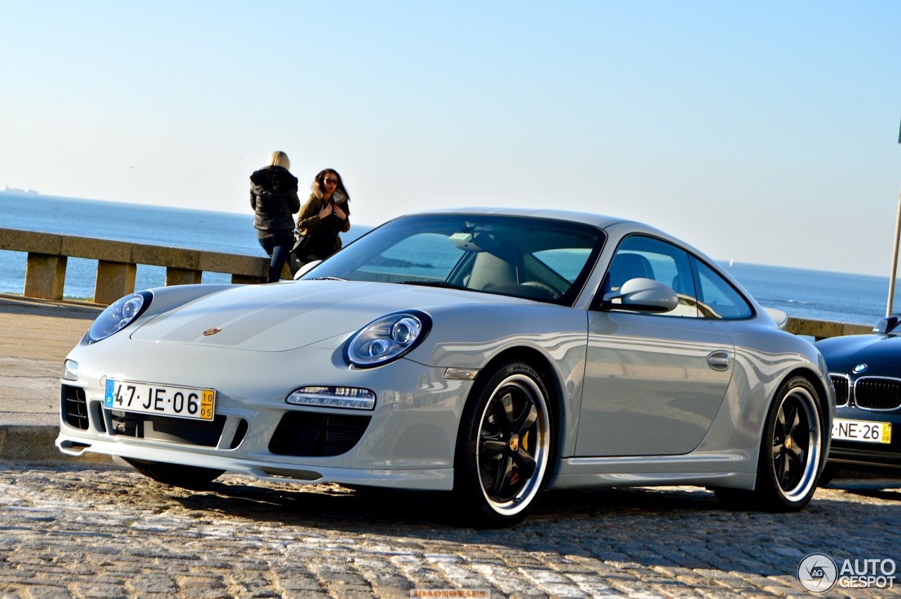 Porsche 911 30 Pictures To Pin On Pinterest Tattooskid